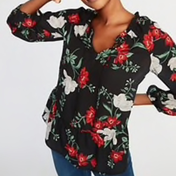 137fb02099bb Old Navy Tops   Floral Ruffled Georgette Swing Blouse   Poshmark